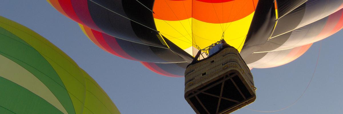 Décollages de montgolfières